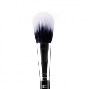 Duo Fibre Powder Brush closeup